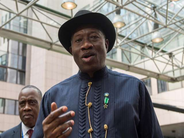 Nigeria's ruling party endorses president for 2nd term