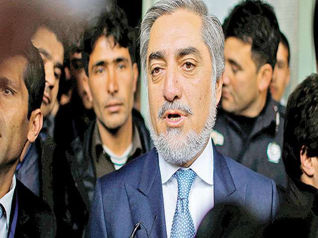 Afghan election candidate drops out, supports Abdullah