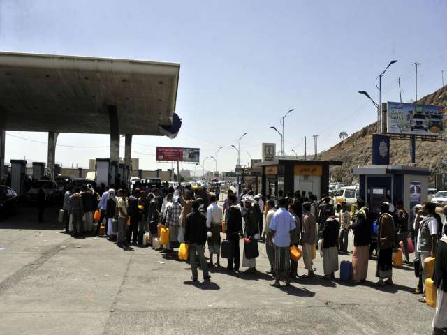 Egypt fuel price raise new pain for buyers, sellers