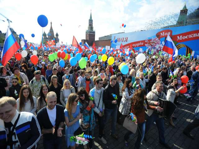 Russia holds first May Day parade on Red Square since Soviet days
