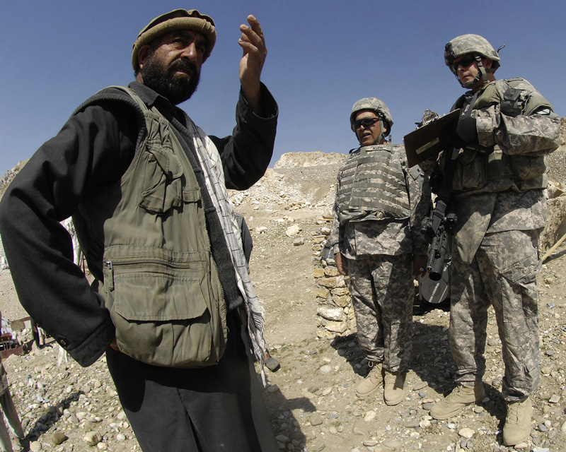 U.S. lawmakers aim to extend Afghan interpreter visa program