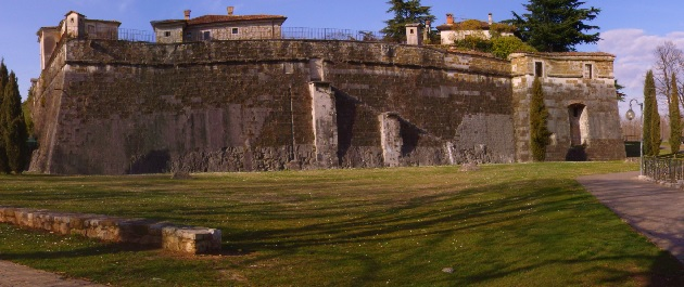 Italian gov't unable to find buyer for castle
