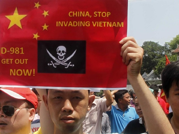 China urges Vietnam to crackdown on anti-China riots