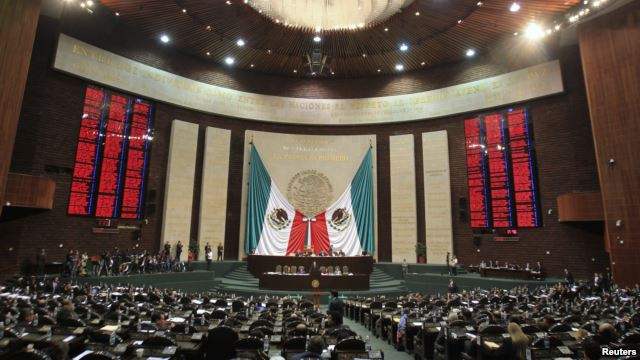 Mexico president seeks truth on missing students