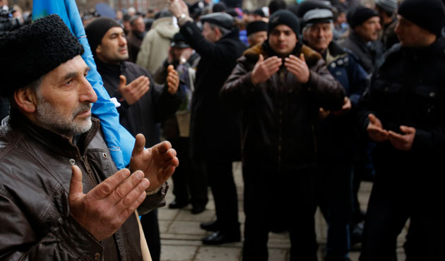 Crimean Tatars condemn ban on exile anniversary rally