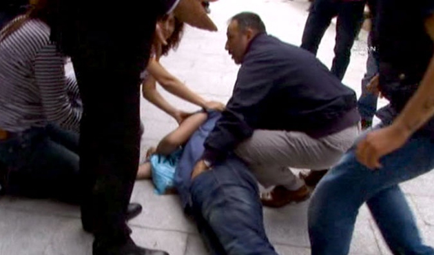 Clashes in Istanbul kill two during protest