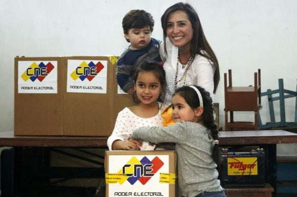 Wives of jailed opposition mayors win Venezuela ballots