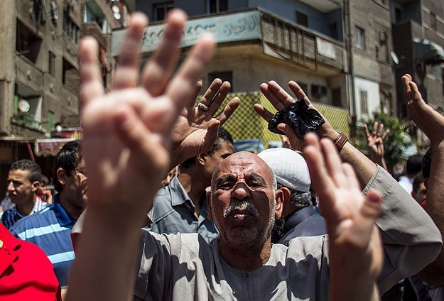 Vote or else, Egyptian media threatens public