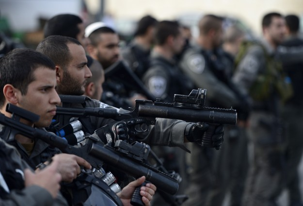 Clashes in Jerusalem after Palestinian driver found hanged