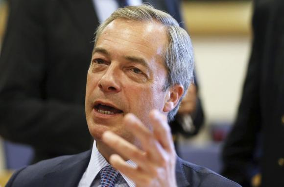 UK far-right leader Farage calls for alliance with Russia