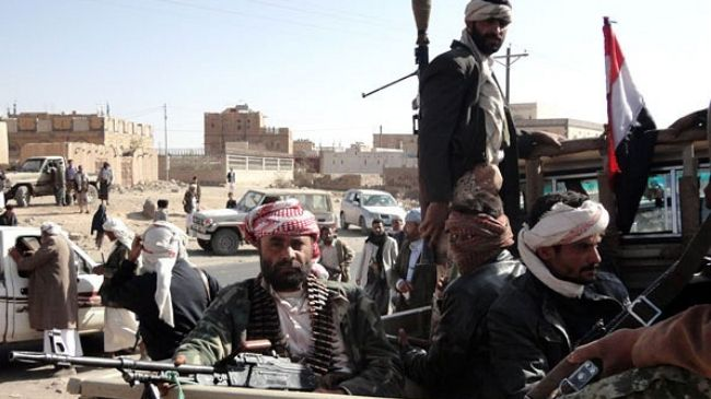 Houthis hand back army camp to Yemeni government