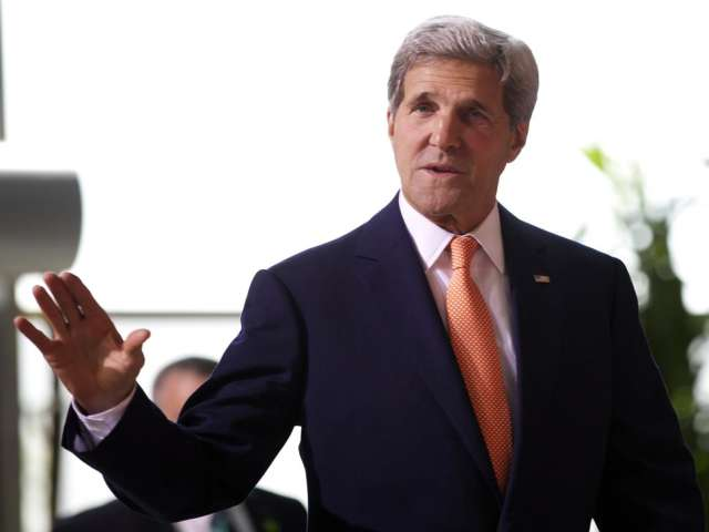 Kerry arrives in West Bank for Gaza ceasefire talks