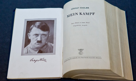 Germany considers lifting 'Mein Kampf' ban