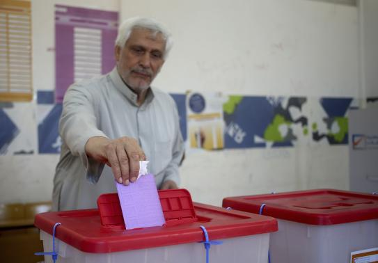 Poor turnout in Libyan parliament vote, lawyer killed