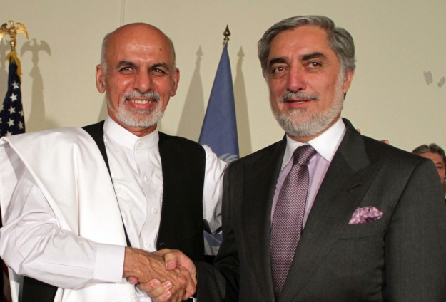 Afghan rival candidates renew pledge to form unity govt