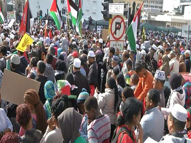 Thousands march in South African capital for Gaza