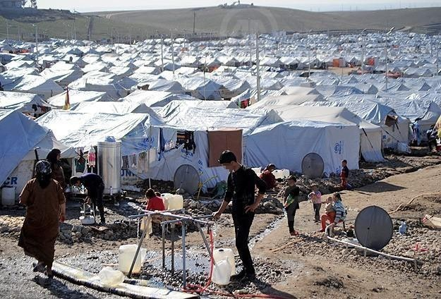 First aid convoy crosses into Syria after UN authorization