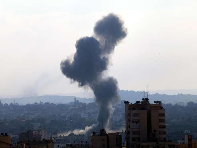 Israel warns foreign journalists covering Gaza fighting