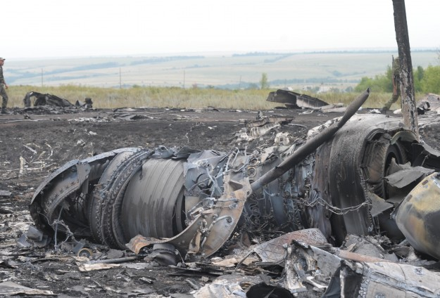 West toughens calls on Russia over downed Malaysian plane