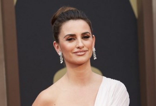 Hollywood turns on actors over Gaza support