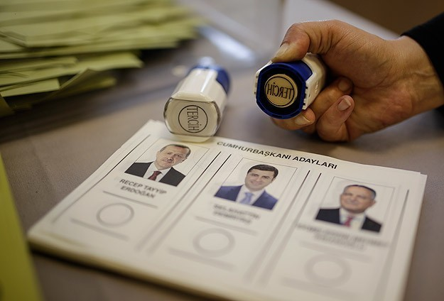 World Bulletin follows Turkish presidental elections in three languages