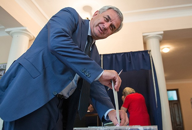 Abkhazia elects opposition leader as president