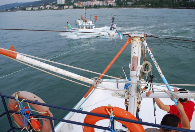 S.Korea opens fire to scare off Chinese fishermen