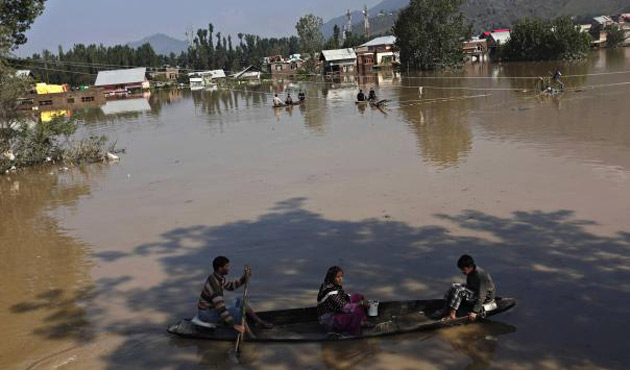 Anger mounts in Kashmir after worst flood in over century
