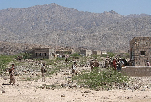 Ceasefire agreed in Yemeni capital; shots fired at convoy