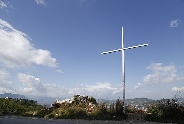 Cross erected near Bosnian capital brings outrage