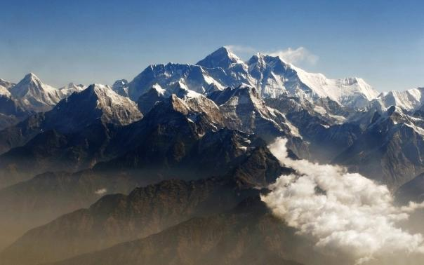First rescue plane reaches Kathmandu with Everest injured