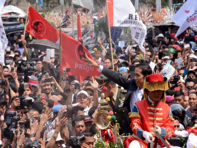 Indonesians celebrate as new president sworn in -UPDATED