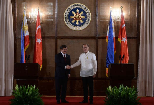 Turkey pledges backing for Philippine peace process