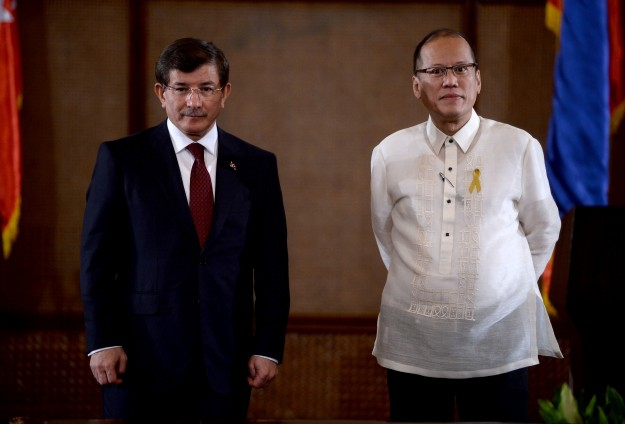 Philippines offer Turkey help against ISIL