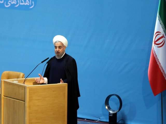 Rouhani urges end to Iran's isolation