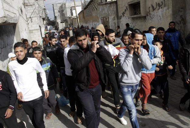 Palestinian fighter succumbs to injuries from Gaza war