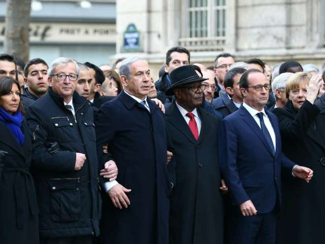 Netanyahu out of step with French leaders at Paris rally
