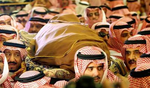 World leaders fly to Saudi Arabia to offer condolences