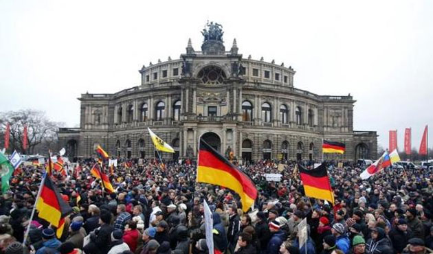 German anti-Islam rally shrinks, first since leader resigned