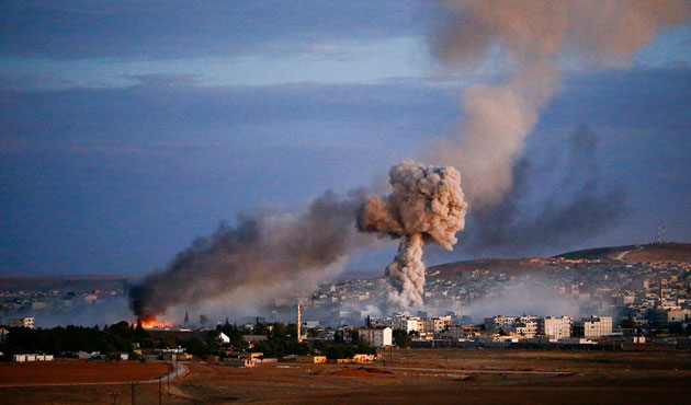 Battles continue outside Kobani after Kurds claim victory