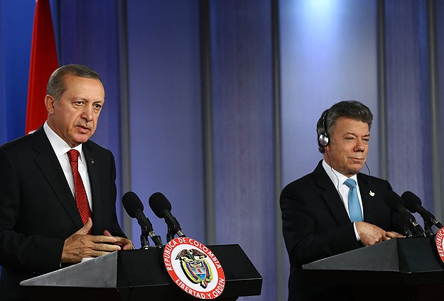 Turkey, Colombia sign agreements to boost relations