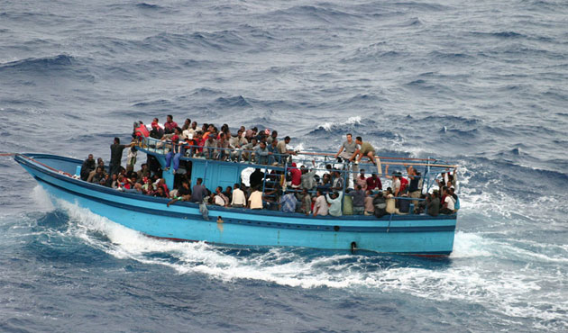 Some 300 migrants missing at sea