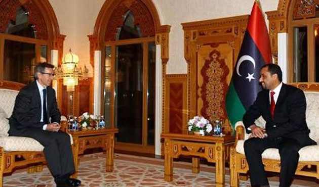 Libyan factions hold U.N.-backed peace talks