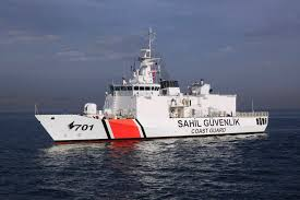 Turkish coastguards stop ship carrying illegal immigrants
