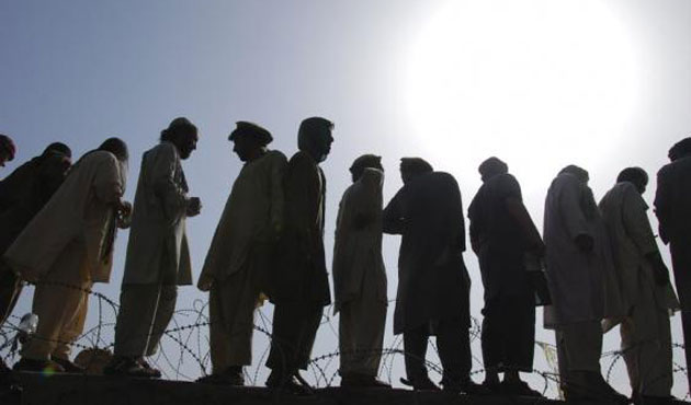 2,500 displaced Pakistanis return home after 5 years