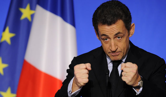 Sarkozy in favor of headscarf ban in universities