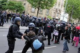 Protestors, opposition blame police for Frankfurt clashes