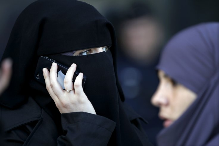 Pregnant Muslim mother attacked for wearing headscarf