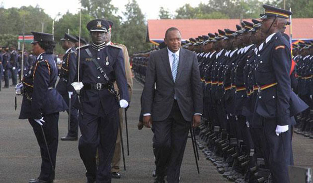 Kenya recruits 10,000 policemen to fight Shabaab