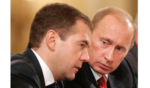 Medvedev predicts economic pain in 2015